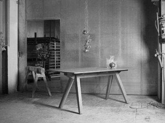 Holztisch Design von Clemens Rath