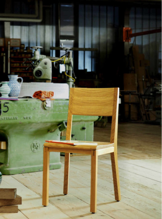 Trewit Stuhl Emil ohne Sitzpolster in Werkstatt