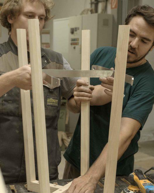 Rudi und Max Wittmann beim gemeinsamen Arbeit