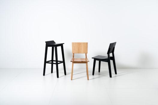 Trewit Hockn Stuhl und Hocker in Holz und schwarz