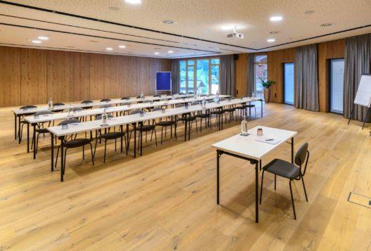 Workshop und Seminartische von Trewit