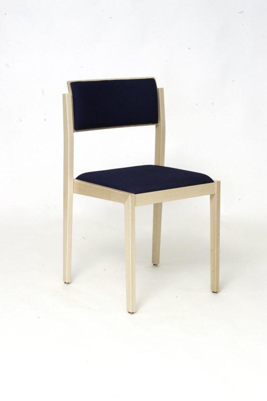 Trewit Stuhl Wang ohne Armlehnen mit schwarzer Lehnen- und Sitzpolsterung
