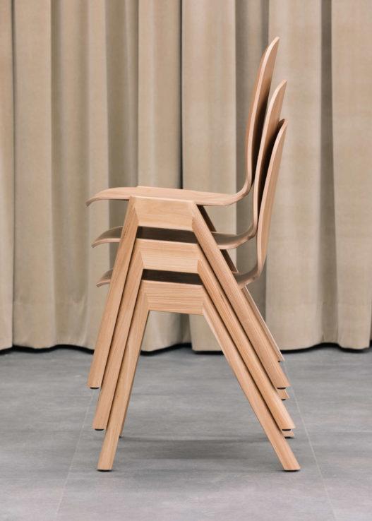 Trewit Trax Stühle gestapelt