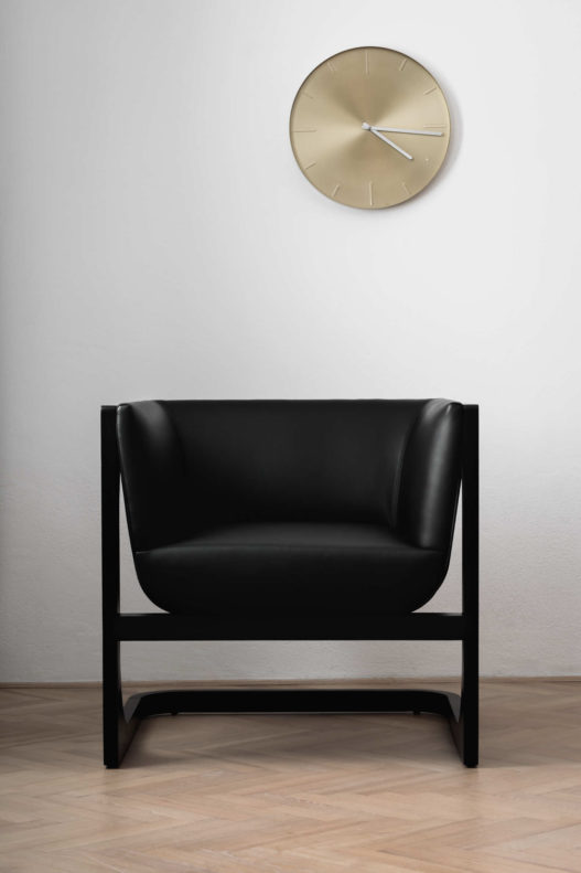 Trewit Crafted Collection Fauteuil Esche Leder schwarz