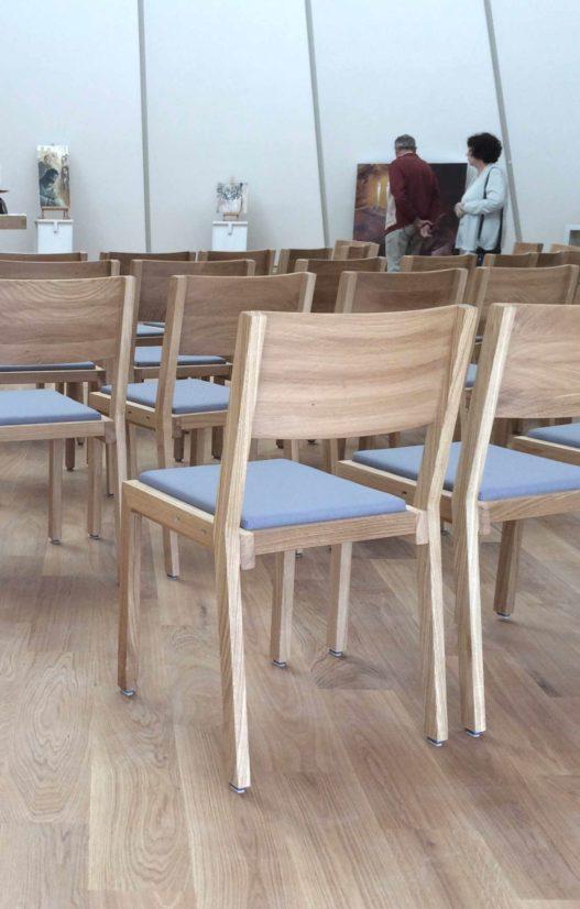 Trewit Stuhl Lipp Eiche mit Sitzpolsterung