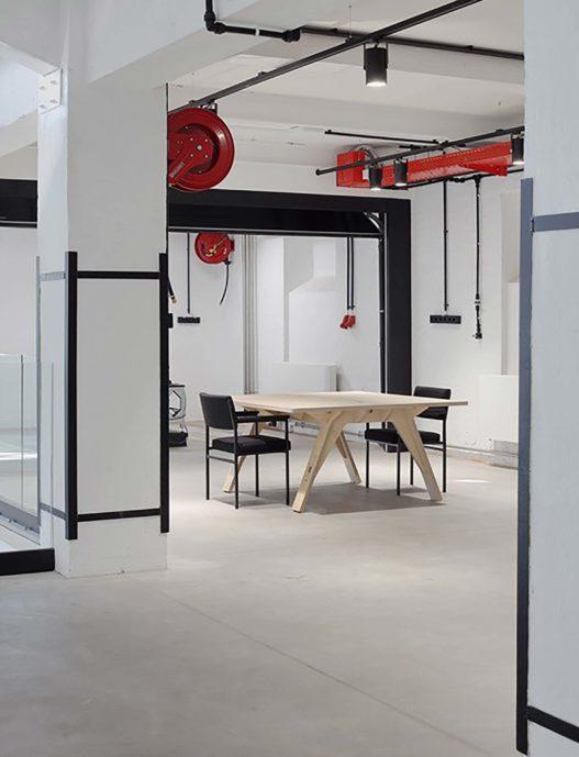 Massivholzmöbel für Büros