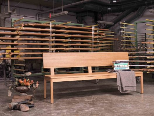 Sitzbank Helga in Werkstatt